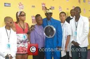 Flavor Flav and his family Comedy Central Roast of Flavor Flav held at The Warner Brothers Studio Lot  Burbank,...