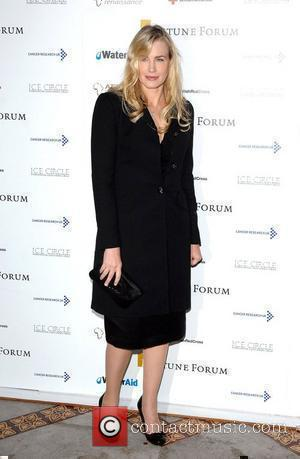 Daryl Hannah Fortune Forum Summit held at the Royal Courts of Justice - Arivals London, England - 30.11.07