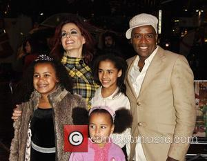 Carrie Grant and David Grant With Family