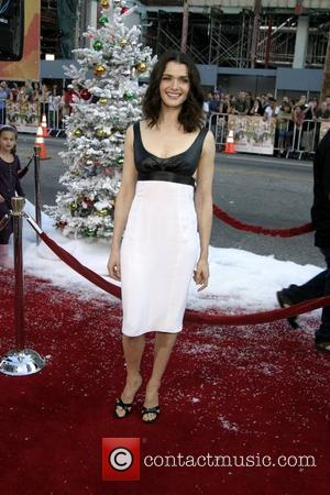 'Delicious' Eastwood Moment Pleases Weisz