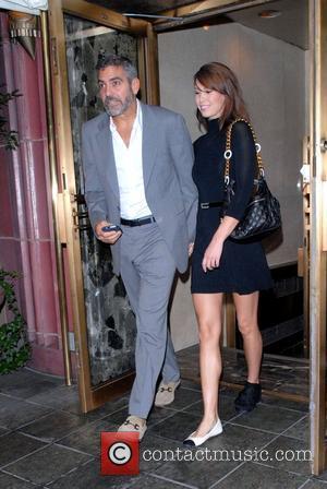Clooney Boycotts Christmas