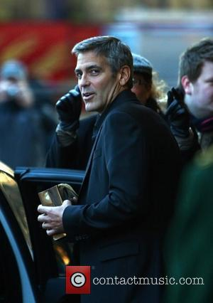 George Clooney, Dorchester Hotel