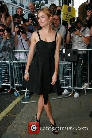 Glamour Women Of The Year Awards, Berkeley Square Gardens, Sienna Miller