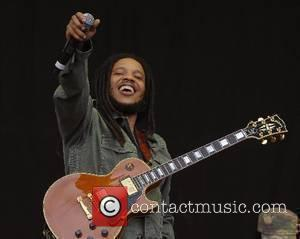 Ziggy Marley performs Exodus with The Marley Brothers  2007 Glastonbury Festival day 3  Somerset,England - 24.06.07