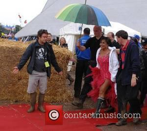 Shirley Bassey 2007 Glastonbury Festival day 3  Somerset,England - 24.06.07