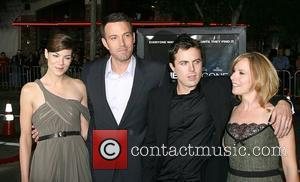 Affleck Tells Hollywood To Head To Massachusetts