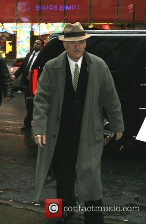 Steve Martin arriving at 'Good Morning America' studios, signing autographs for fans New York City, USA - 20.11.07
