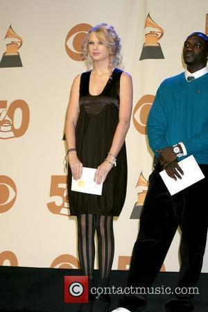 Taylor Swift and Akon