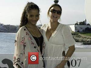 Sydney Tamiia Poitier and Zoe Bell Sitges Film Festival 2007 - Grindhouse - Photocall Barcelona, Spain - 12.10.07