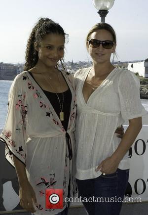 Sydney Tamiia Poitier and Zoe Bell