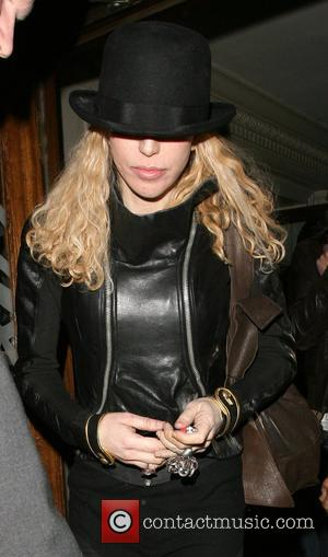Courtney Love Denies Doherty Romance
