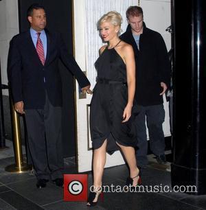 Stefani's Pregnant Celebrity Obsession