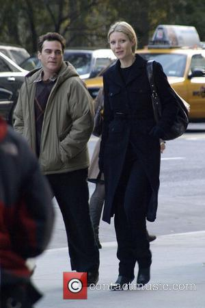 Joaquin Phoenix and Gwyneth Paltrow on the movie set for 'Two Lovers' New York City, USA - 28.11.07