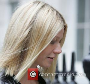 Gwyneth Paltrow leaving Madonna's residence sporting a new hairdo London, England - 15.05.08