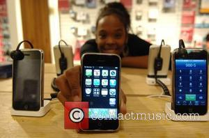 iTunes Radio Hitting the UK by 'Early 2014', People in the Know Say