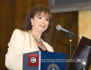 Jackie Collins Blasts Boring Young Stars