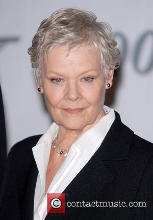 Dench: 'Craig Is Gorgeous'