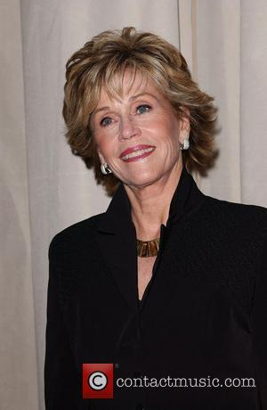 Fonda And Field Make Plastic Surgery Pact