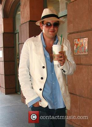 Jason Davis Enjoying a Starbucks beverage. The former heavyweight socialite appears to have shed a huge amount of weight. Los...