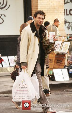 Jeremy Sisto out and about doing errands in Soho New York City, USA - 12.01.08