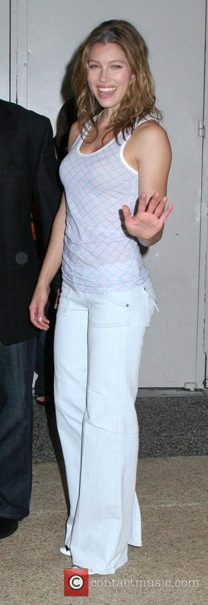 Jessica Biel outside MTV TRL Studios in Times Square New York City, USA - 16.07.07