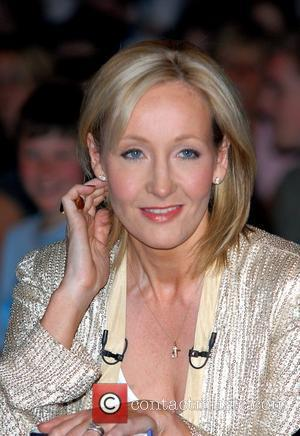 Rowling Pleads With Airline Security