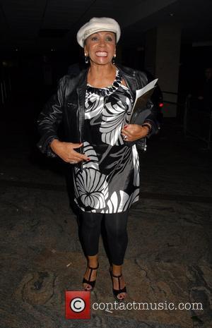 London Fashion Week, Shirley Bassey