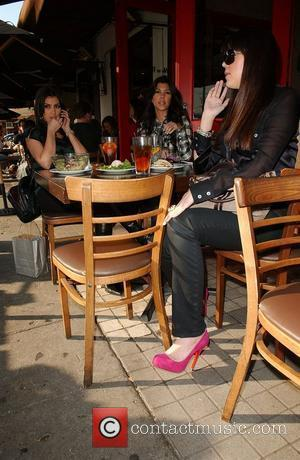 Kardashian: 'Let Me Makeover Spears'