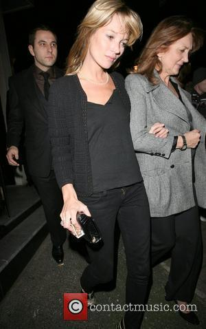 Kate Moss and Her Mother Linda Moss Dine At Locanda Locatelli Restaurant In Marylebone. They Are Bizzarely Accompanied By David Walliams!
