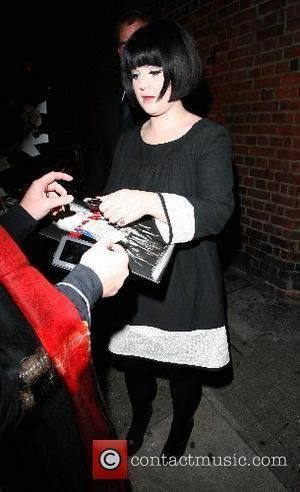 Kelly Osbourne leaving the Cambridge Theatre and signs autographs after appearing in 'Chicago' London, England - 21.09.07