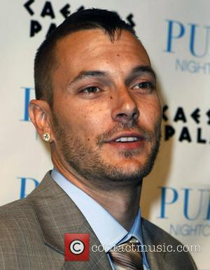 Kevin Federline, Caesars Palace and Pure Nightclub