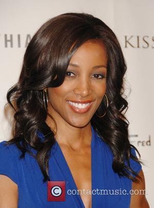 Wendy Raquel Robinson Arrivals Keisha Whitaker And celebrity makeup  artist AJ Crimson partner to create  the luxury cosmetics...