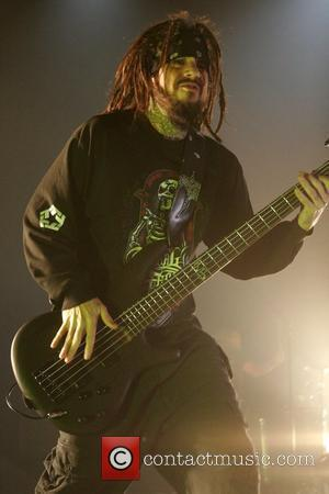 Former Korn Star Not Ready For Meeting With Ex-bandmates