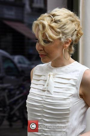 Minogue Not Worried About Donovan Memoirs