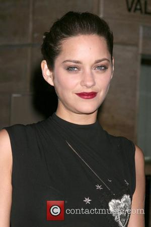 Cotillard Disturbed By 'Destroyed' Piaf