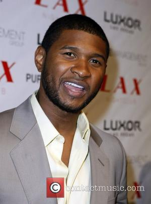 Usher at LAX Nightclub inside the Luxor Hotel and Casino Los Angeles, California - 03.11.07