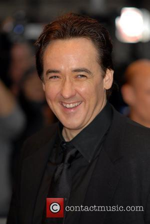 Cusack Accuses Celebrities Of 'Courting Fame'
