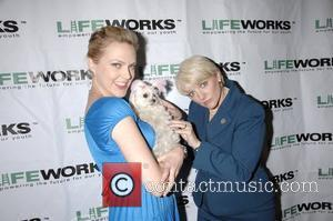 Elaine Hendrix and Allison Angrim