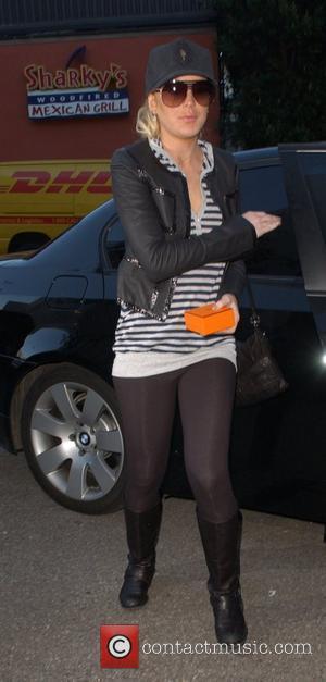 Lohan's Ex Bodyguard Blames Parents For Her Wild Behaviour