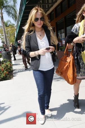 Lohan's Dad Happy Lindsay Won't Appear In Family Reality Show