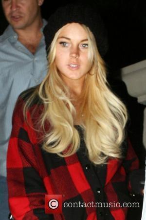 Lindsay Lohan Back In Rehab