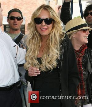 Lohan Hires Hilton Lookalikes For 21st Bash