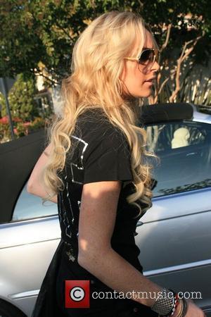 Lohan Offered Fur Coat Case Cash