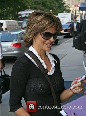 Lisa Rinna arrives at her Manhattan hotel New York City, USA - 22.06.07