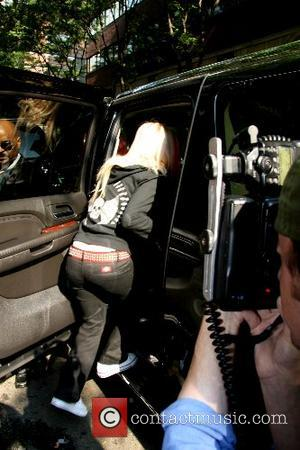 Avril Lavigne Celebrities at ABC Studios after appearing on 'Live with Regis and Kelly' New York City, USA - 07.09.07