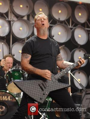 Hetfield's Bad Memories Keep Him Away From Booze