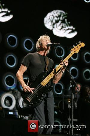 Roger Waters Live Earth New York concert at Giants Stadium New Jersey, USA - 07.07.07