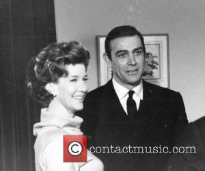 * BOND STAR MAXWELL DIES Canadian actress LOIS MAXWELL has died. She was 80.  The Golden Globe-winning star -...