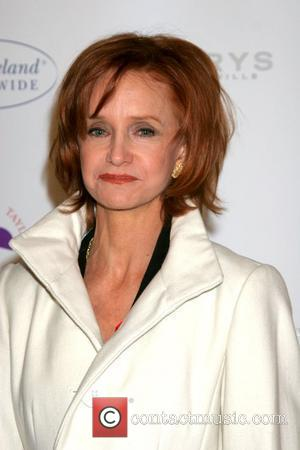 Swoosie Kurtz 'Love Letters' theatre play. Performances by James Earl Jones and Dame Elizabeth Taylor. World AIDS Commemoration day at...
