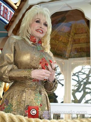 Parton Cancels Sxsw Gig Because Of Back Pain
